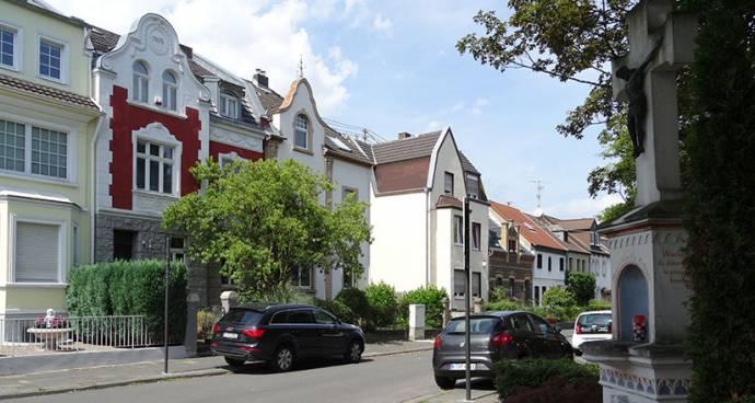 Makler Köln Weiden