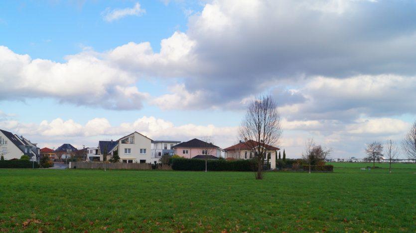 Köln Lövenich - fast komplett umgeben von Grün
