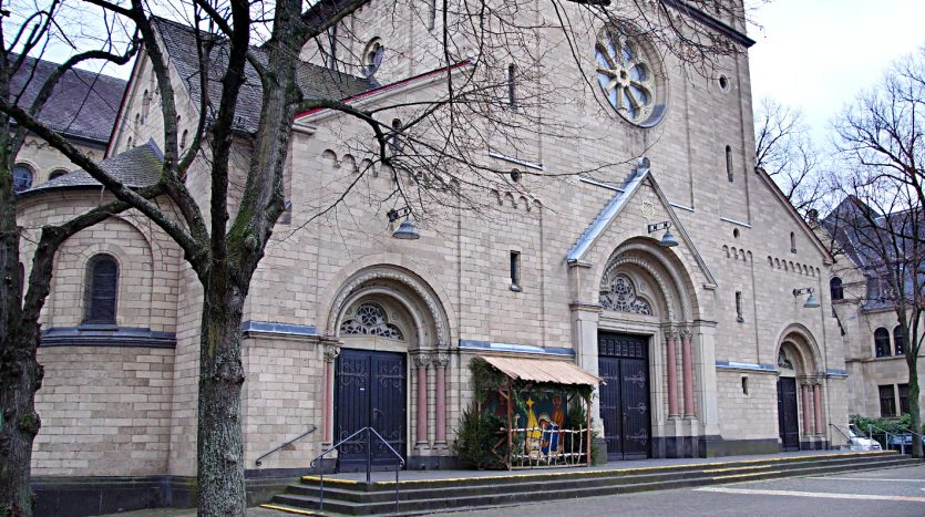 Design1812 - Auch die Kirche St. Nikolaus nimmt teil