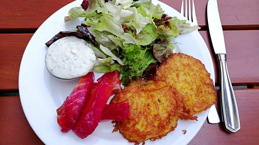 Leckere Gerichte bei kulinarischen Stadtteilführungen durch Köln