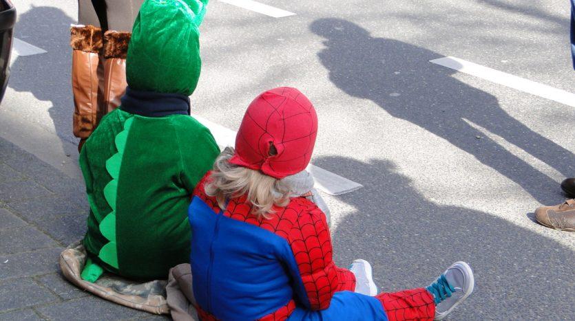 Karneval in Lindenthal - Riesenspaß für die Kids