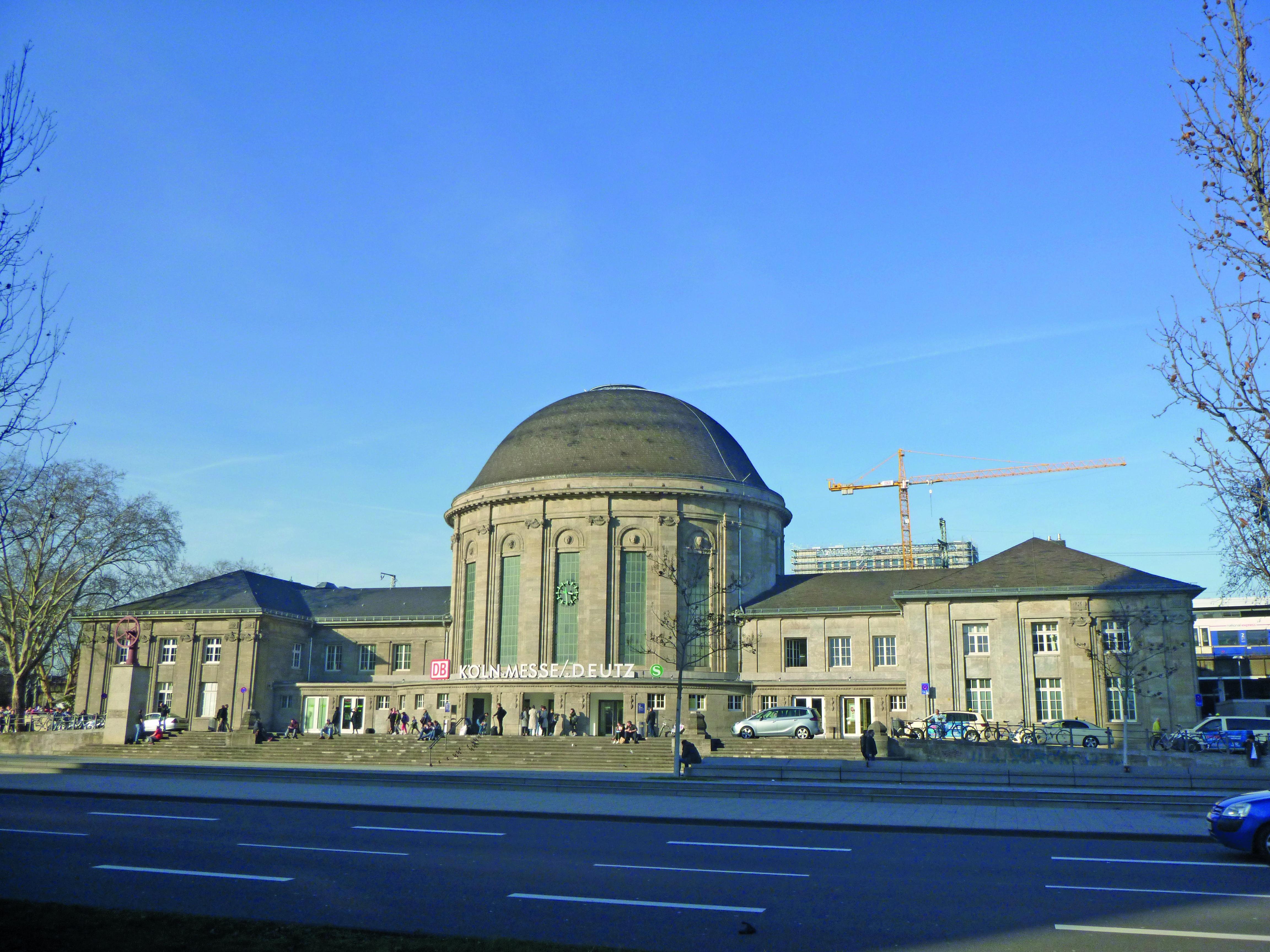 Deutz Bahnhof, Rheingold Immobilien